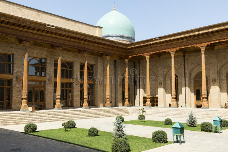 Barak Khan madrasah Hast imama kwadrata Hazrati imam jest religi obraz royalty free