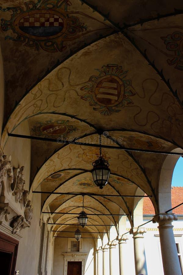 Baranow Sandomierski, palacio de los exteriores en Baranow Sandomierski, Polonia, llamó a menudo pequeño Wawel foto de archivo libre de regalías