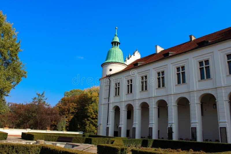 Baranow Sandomierski, palais d'extérieurs dans Baranow Sandomierski, Pologne, a souvent appelé petit Wawel photo stock