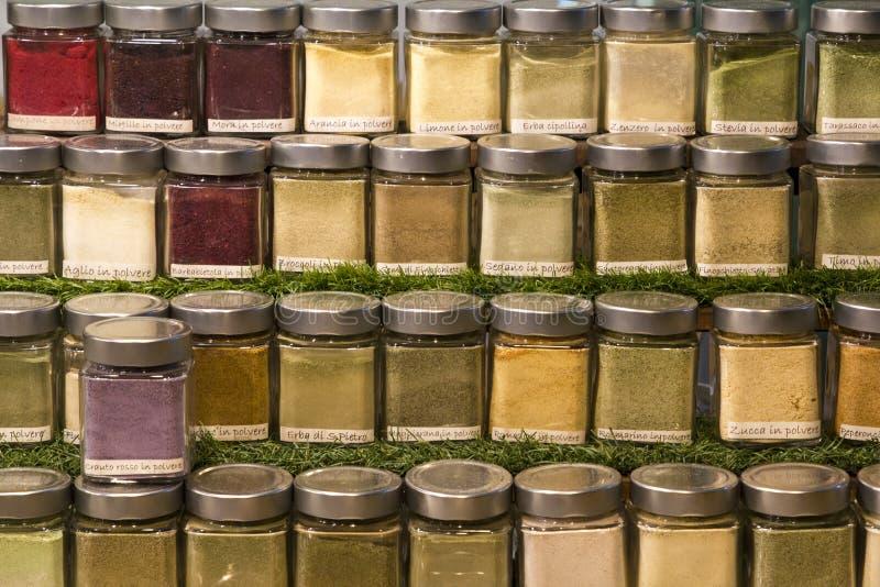 Barattoli delle spezie per cucinare immagine stock libera da diritti