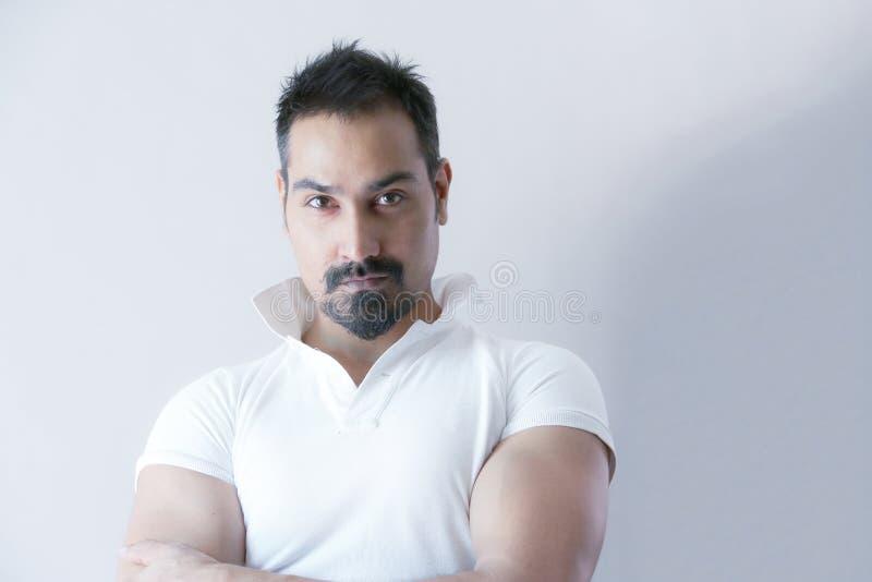 Barba modelo masculina del pelo corto imagen de archivo