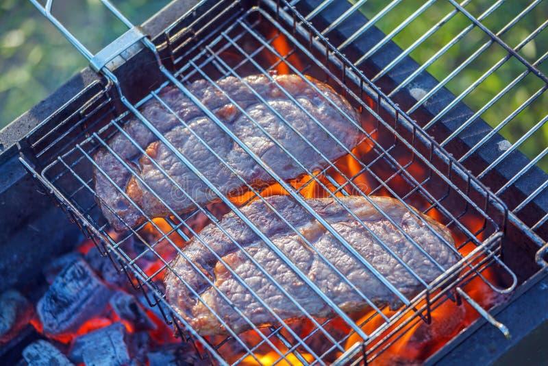 Barbacoa de dos filetes de Ribeye foto de archivo libre de regalías