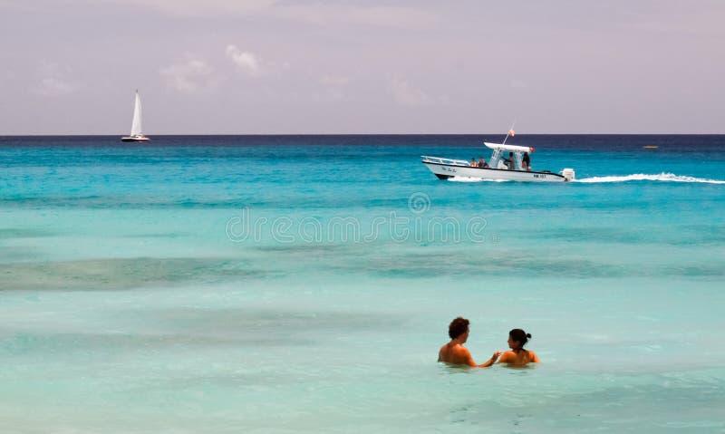 Barbados - Pływający, Wodniactwo TARGET1012_1_, obrazy stock
