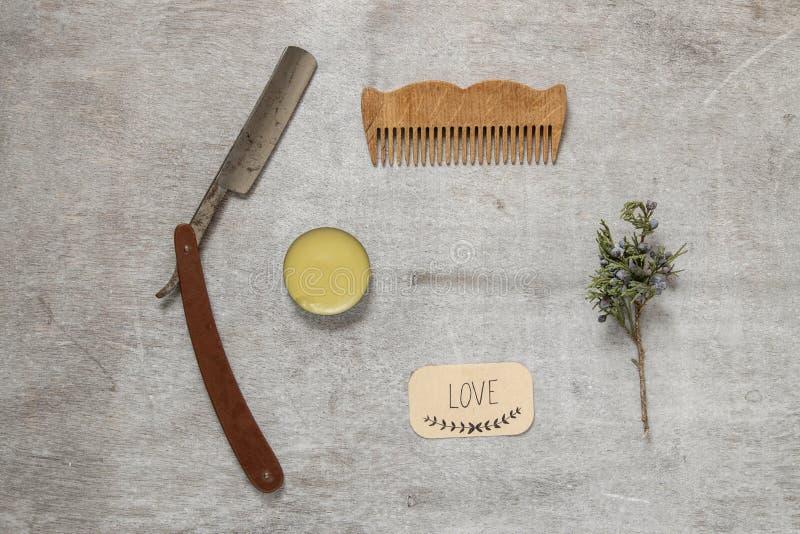 Barbeando acessórios na barbearia foto de stock royalty free