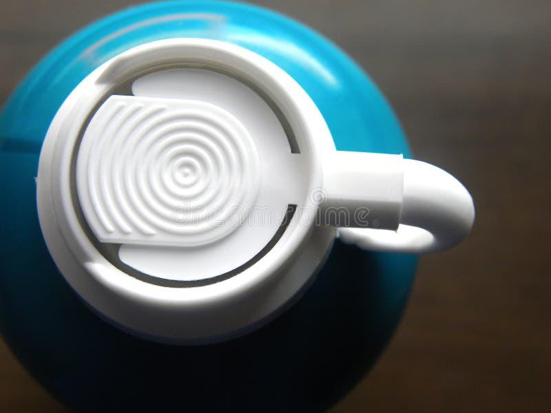 Barbear a espuma pode prover de bocal imagens de stock