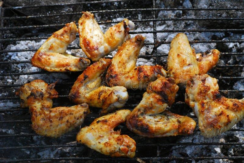 Barbecu das asas de galinha fotografia de stock