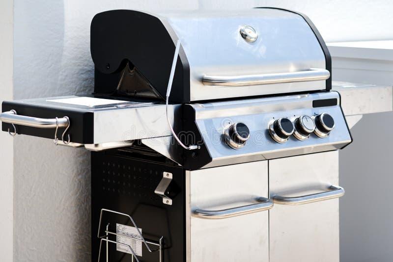 Barbecue de BBQ de gril de gaz d'acier inoxydable images libres de droits