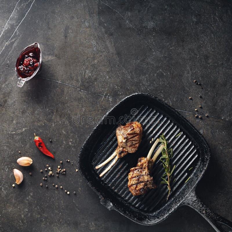 Barbecue del carrè di agnello immagine stock libera da diritti