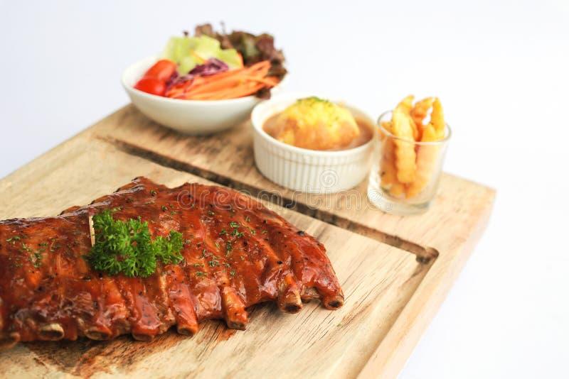 barbecue Entrecostos de porco da carne de porco, reforços do bebê, rasgos da carne de porco fotos de stock royalty free