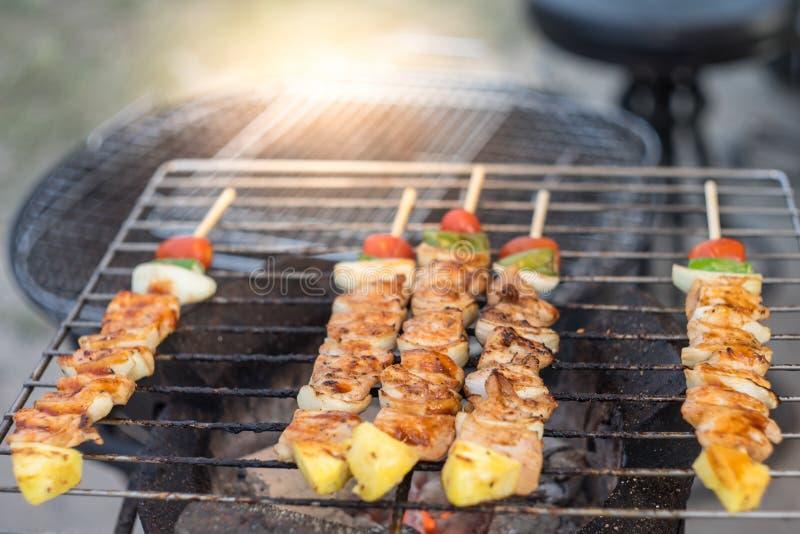 Barbecue et rôti de porc image stock