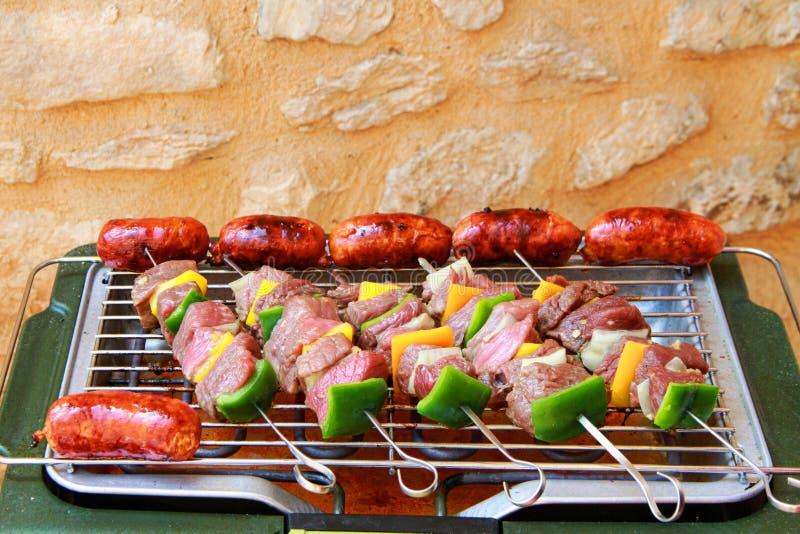 Barbecue sur la terrasse photographie stock
