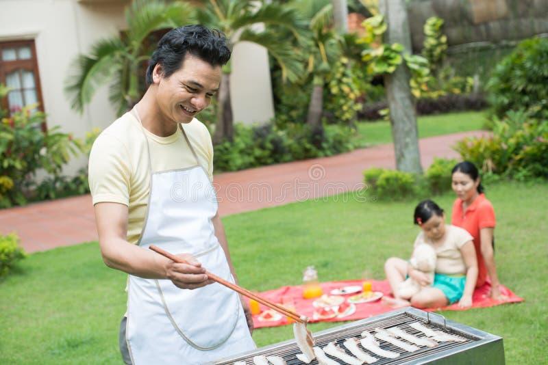 Barbecue voor de familie stock foto's