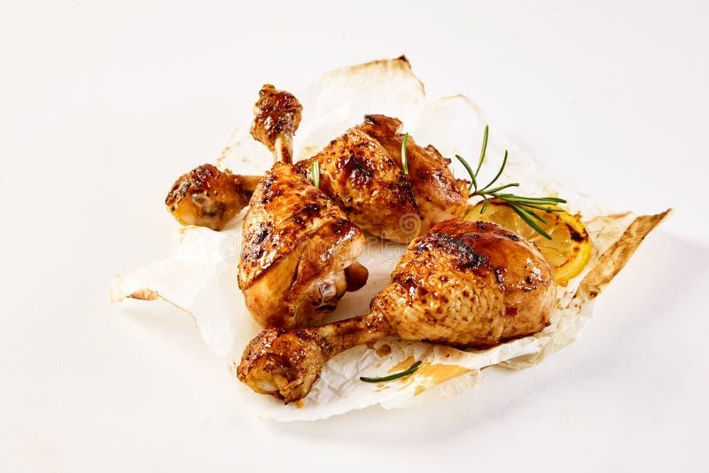 Barbecued kurczaków drumsticks wyśmienity takeaway zdjęcie royalty free