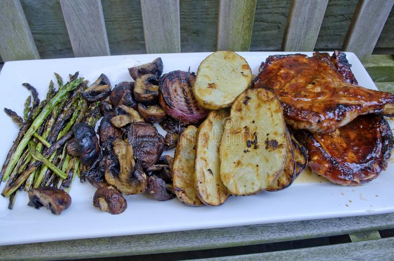 Barbecued wieprzowina kotleciki fotografia royalty free