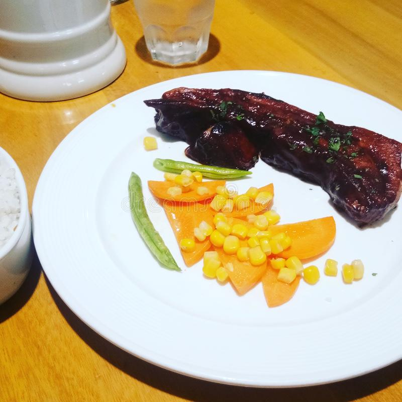 Barbecuelapje vlees royalty-vrije stock afbeelding