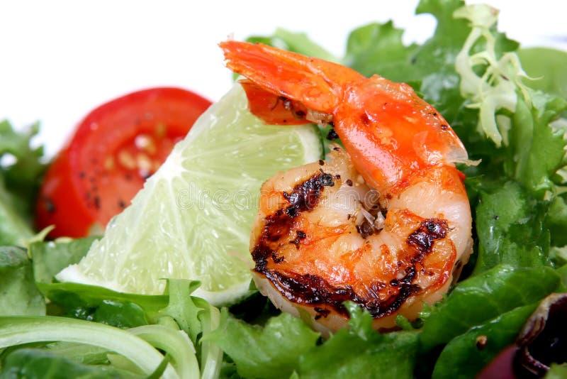 barbequed grön räka för sallad för grönsallatlimefrukträka royaltyfri foto