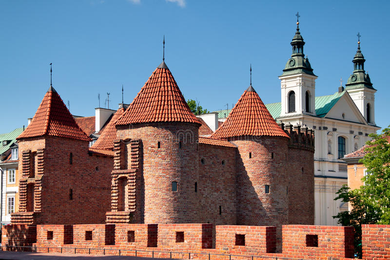 Barbican na cidade de Varsóvia fotografia de stock royalty free