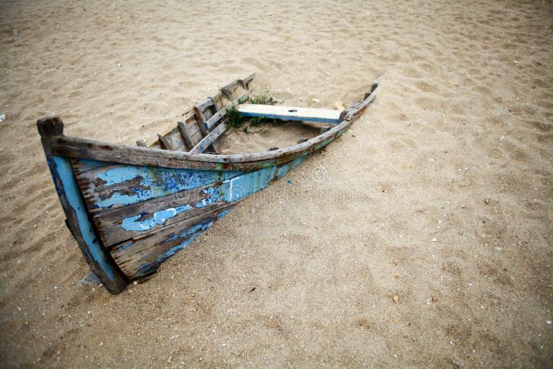 Barca abbandonata fotografie stock
