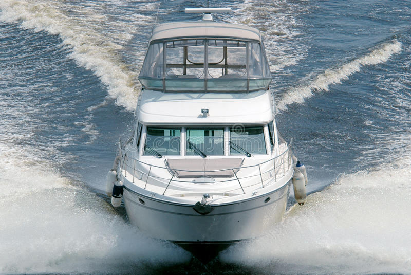 Barca bianca immagine stock libera da diritti