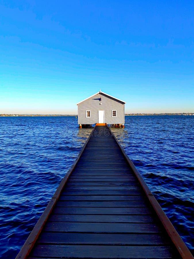 Barca blu Perth di casa immagine stock libera da diritti