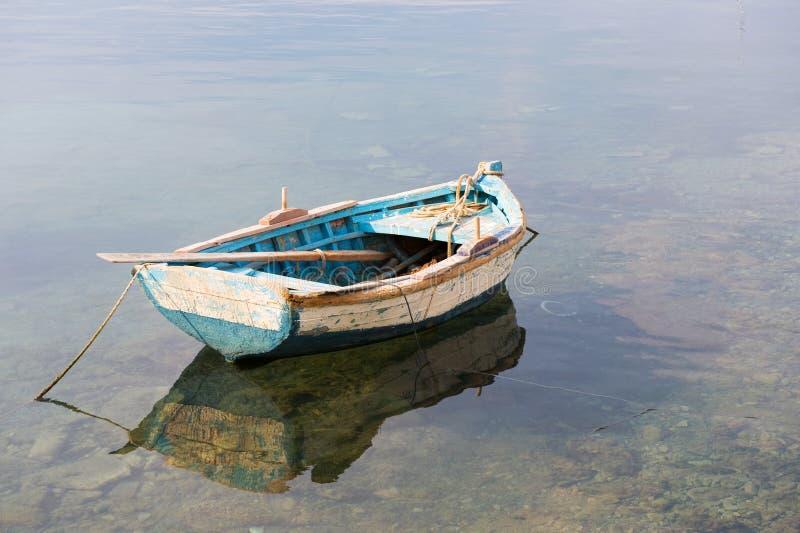 Barca di riga di legno fotografia stock libera da diritti