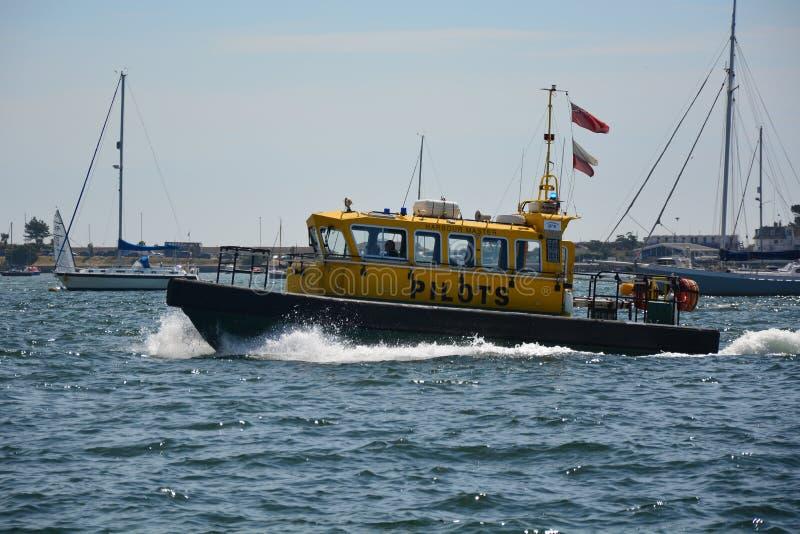 Barca pilota del porto di Poole immagini stock