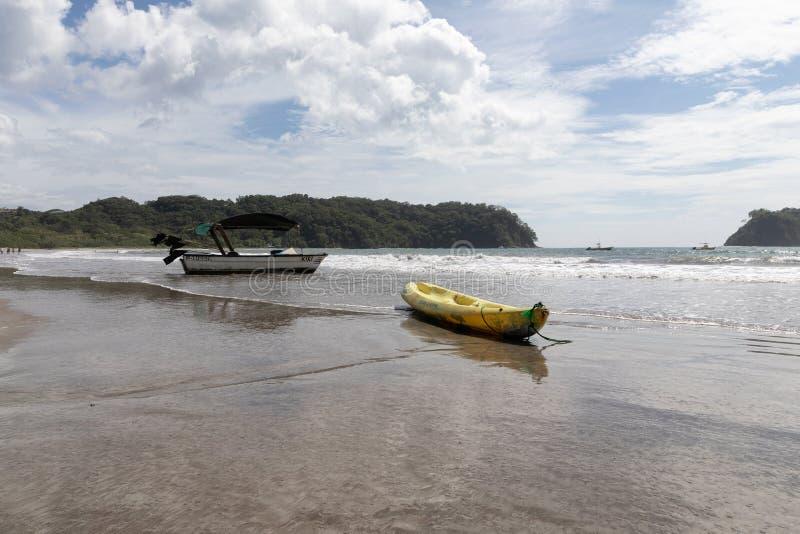 barca Playa Samara Beach Cota Rica immagine stock