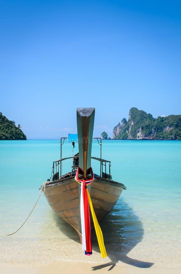 Barca tradizionale tailandese del longtail fotografie stock libere da diritti