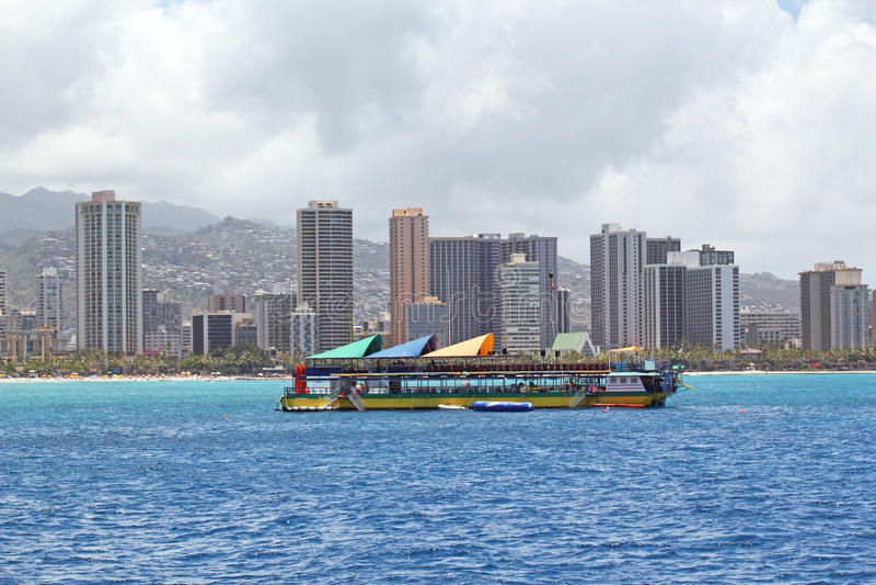 Barca Turistica Di Lezioni Di Immersione Subacquea Fotografia Stock Libera da Diritti