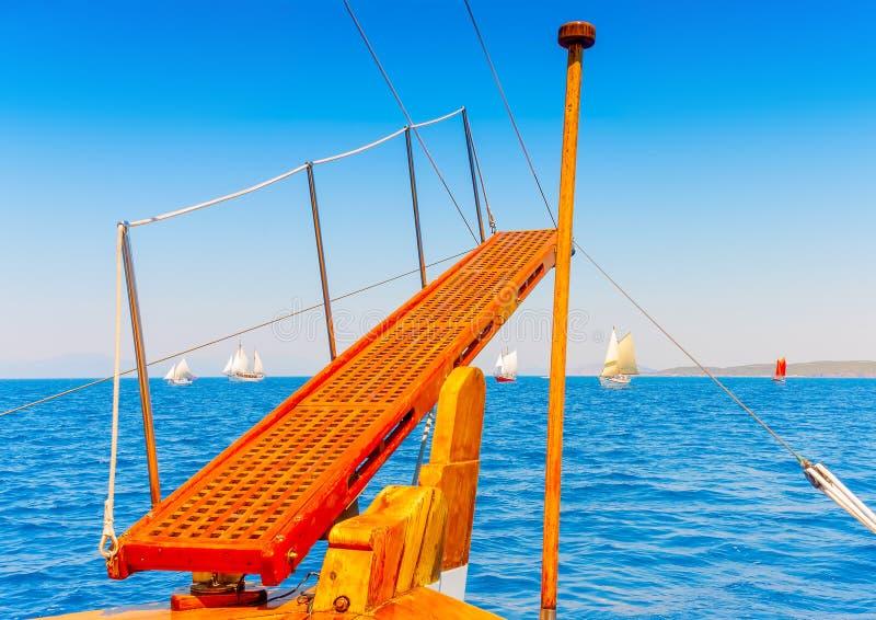 Barca a vela di legno classica fotografie stock