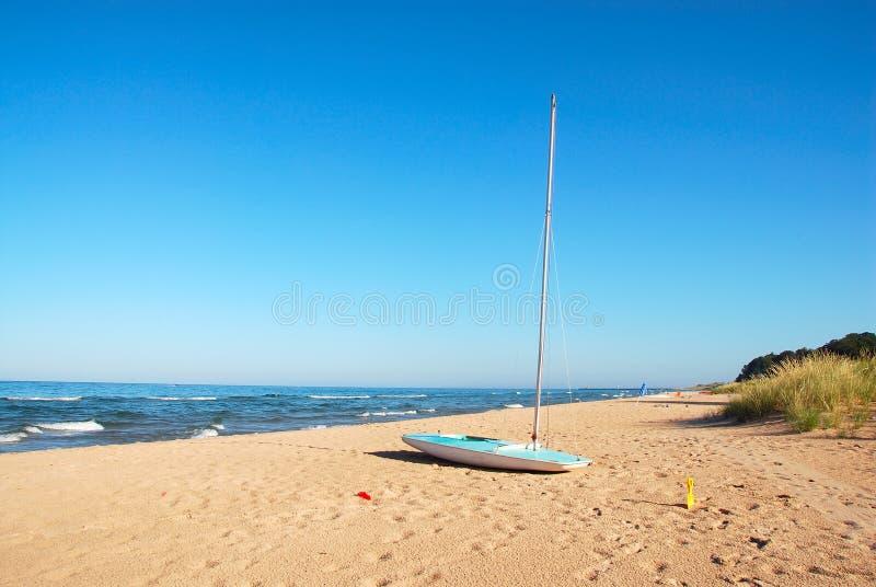 Barca a vela di Michigan di lago immagini stock