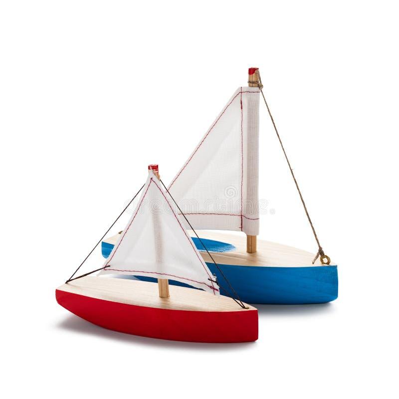 Barca a vela rossa e blu del giocattolo fotografia stock