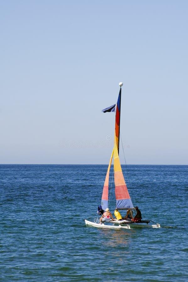 Barca a vela variopinta fotografia stock