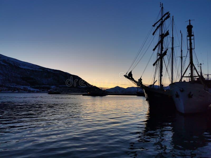 barca a vela vecchia di Tromso Norway immagine stock libera da diritti