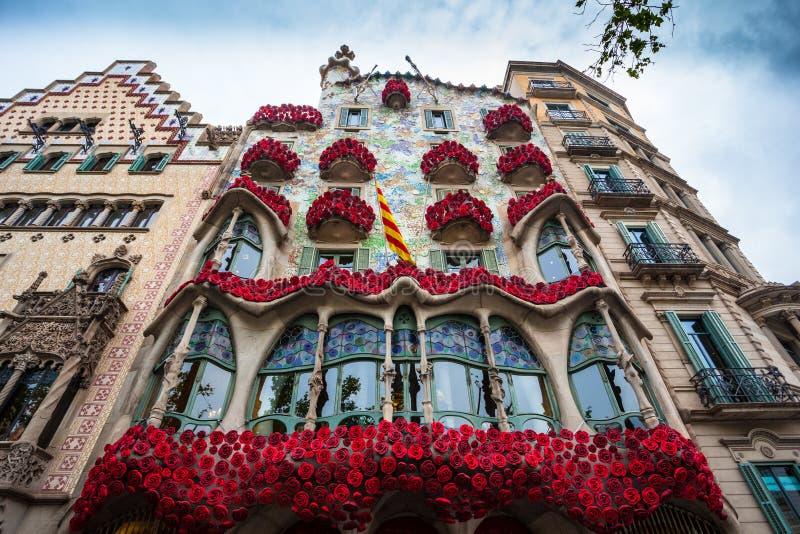 Barcellona, Spagna - 24 aprile 2016: Vista esteriore della casa Batllo a Barcellona immagini stock