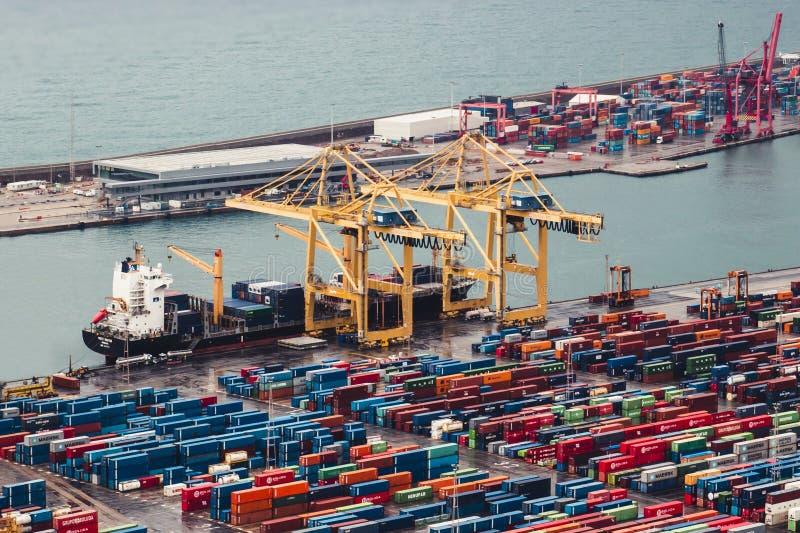BARCELLONA, SPAGNA, il 5 febbraio 2018, nave Mo del trasporto del carico immagini stock