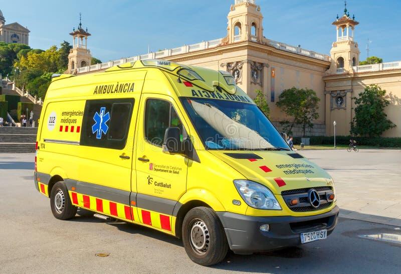 Barcelona Ambulans på fyrkanten fotografering för bildbyråer