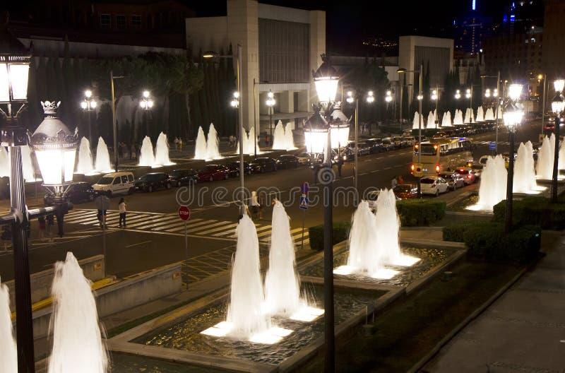 Barcelona A avenida da rainha Maria Cristina imagens de stock royalty free