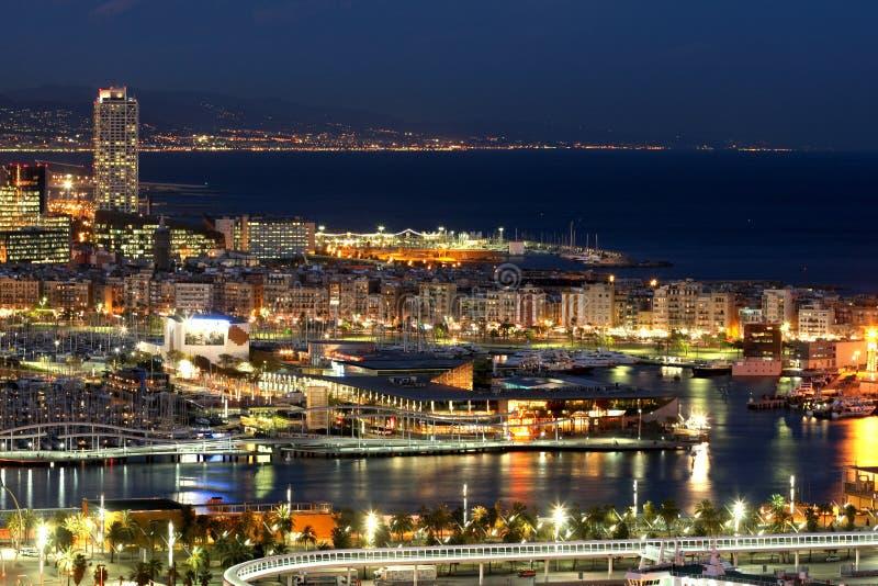Barcelona bis zum Nacht stockfotografie