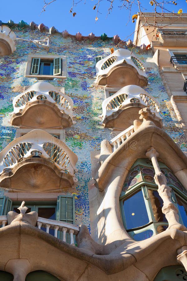 Barcelona CasaBatllo fasad av Gaudi arkivfoton