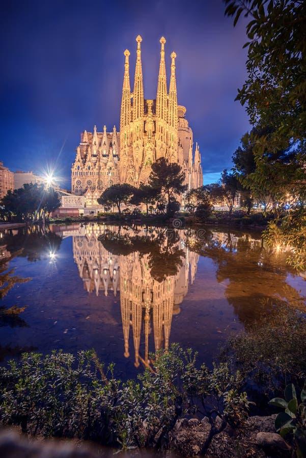Barcelona, Catalonië, Spanje: Basicila en Expiatory Kerk van de Heilige Familie, die als Sagrada Familia wordt bekend stock afbeeldingen