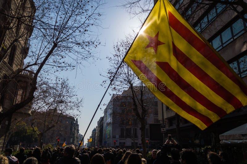 Barcelona Catalonia, Hiszpania, Luty,/- 21 2019: Strajk wspierać polityka więźniów fotografia stock