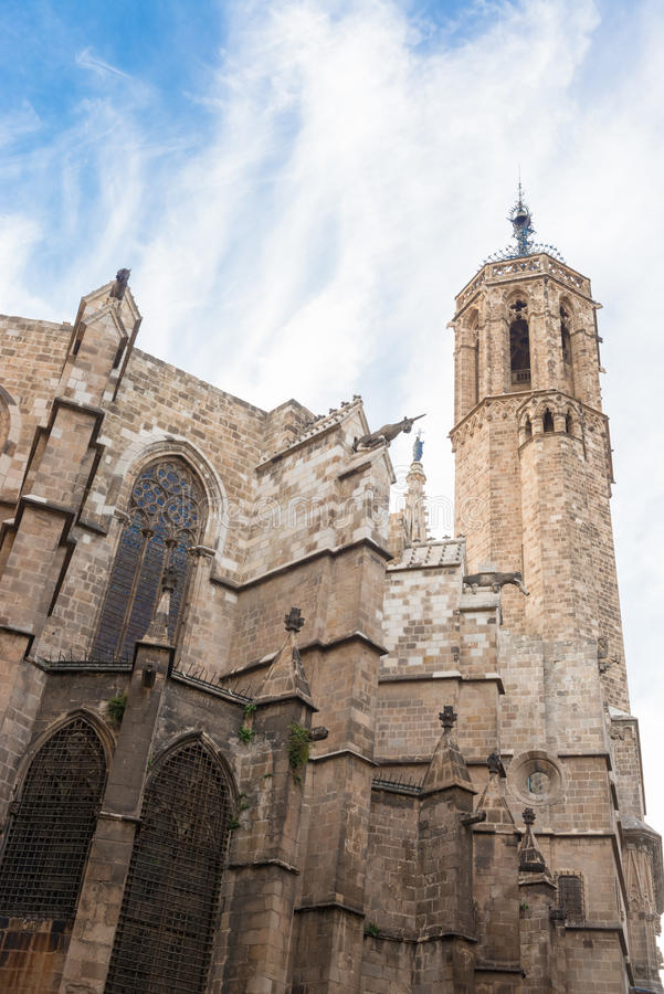 Barcelona: Catedral gótica de Santa Eulalia en Barri Gotic fotos de archivo