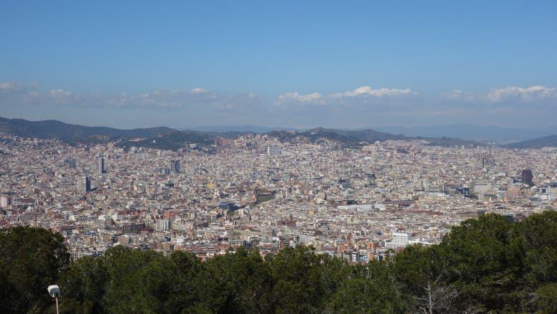Barcelona-España 28 de marzo de 2017 - opinión del castillo de Montjuïc de VE imagen de archivo libre de regalías