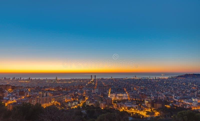 Barcelona för soluppgång royaltyfria foton