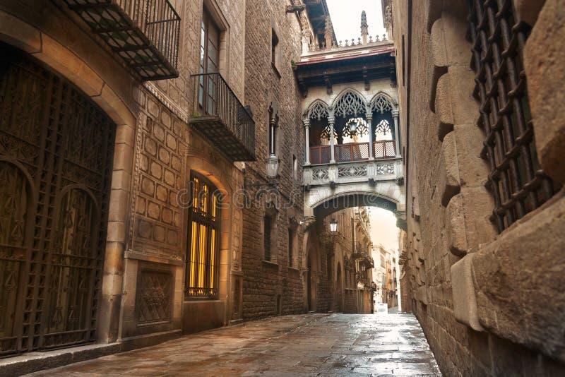 Barcelona gotisk fjärdedel arkivfoton