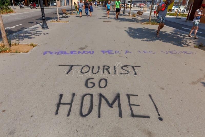Barcelona Grafittiprotest på vägen arkivfoton