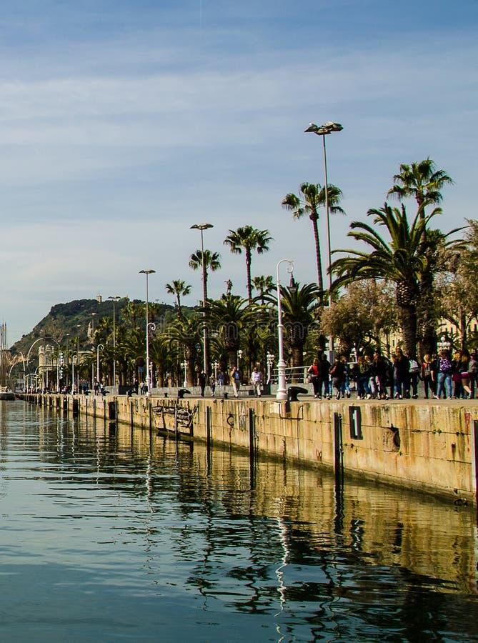 Barcelona-Hafen lizenzfreie stockbilder
