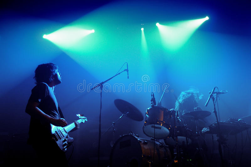 Midnight ciężarówka zespół wykonuje przy discotheque Razzmatazz zdjęcie stock