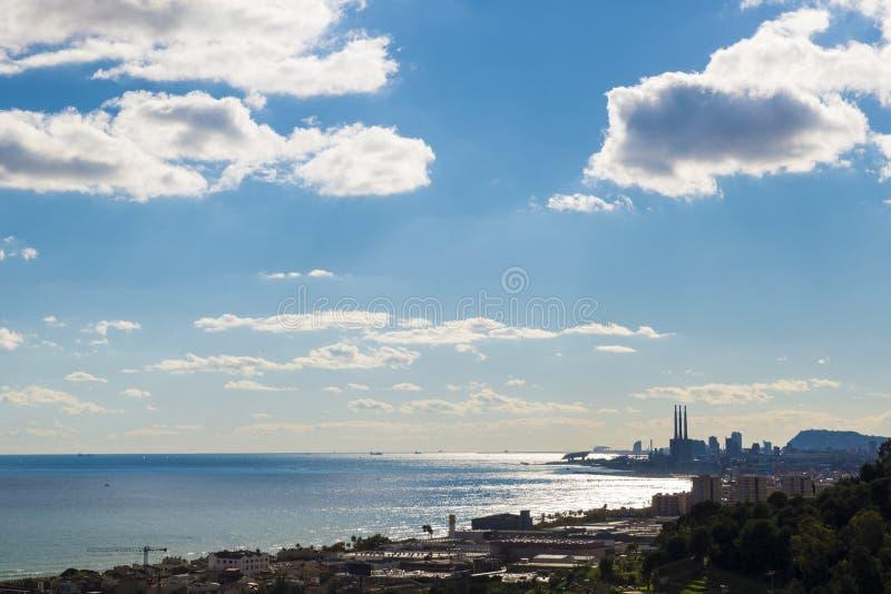 Barcelona horisont, Spanien arkivfoto